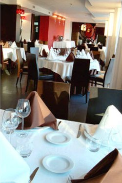 Hotel_Carril_-_restaurante_interior.jpg