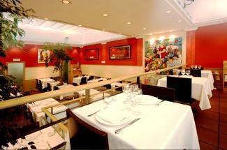 Restaurant_-_Oliana_-_interior1.JPG
