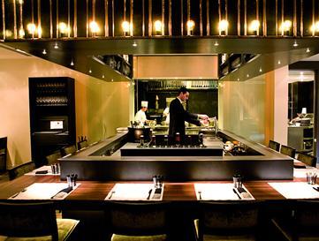 Restaurant_-_Petit_Comitè_-_mesas_1.JPG