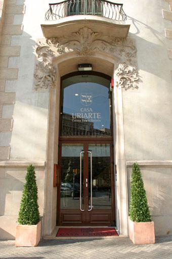 Restaurante_-_Casa_Uriarte_Barcelona_-_Entrada.JPG