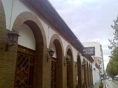 Restaurante_mesón_del_vion_-_www.restaurantum.com__Requena_Valencia-_exterior.jpg