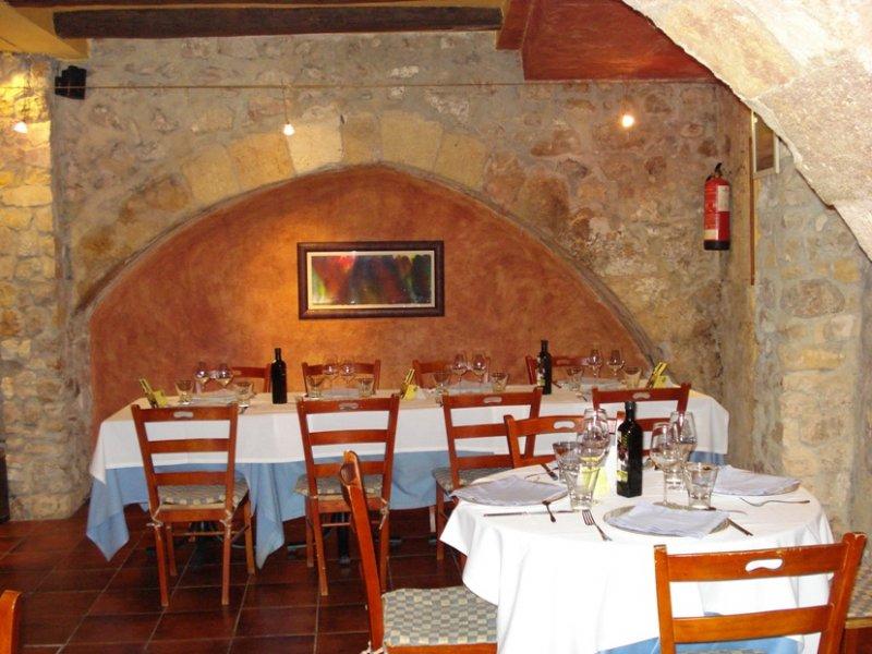 arcs_tarragona_restaurant.jpg