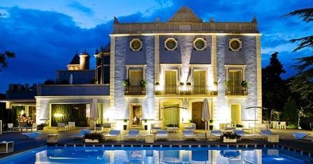 hotel_restaurante_Ferrero_Valencia_-_restaurantum.com_-_piscina_y_terraza.jpg