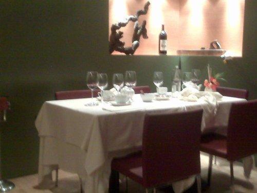 restaurant_-_le_petit_bergerac_-_interior.jpg