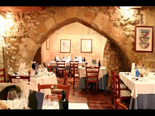restaurant_arcs_tarragona.jpg