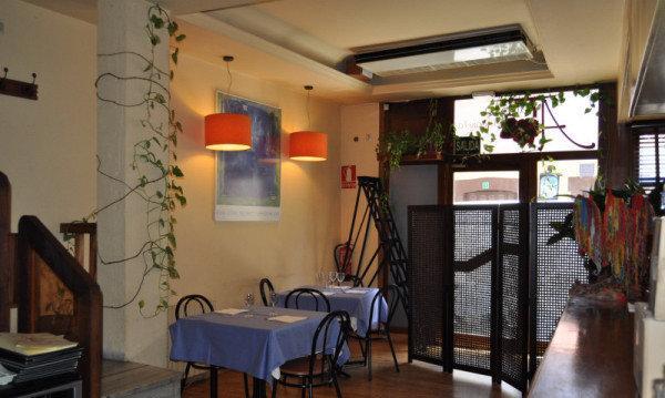restaurante_A_Travola_di_Canela_-_Madrid_-_Cercedilla_-_restaurantum.com_-_recibidor.jpg