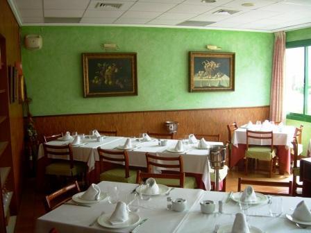 restaurante_Emilio_-_restaurantum.com_-_comedor.jpg