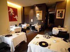 restaurante_joaquin_schmidt_valencia_-_restaurantum.com_-_salon_con_posa_platos_de_disco_vinilio.jpg
