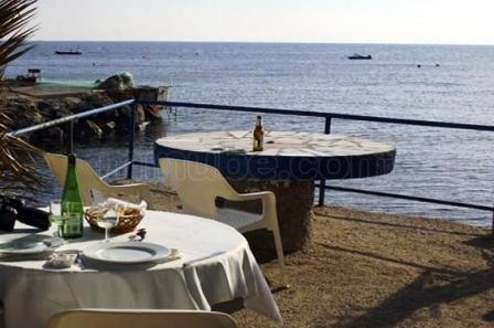 restaurantum.com_-_Hostal_Restaurante_Isleta_del_Moro_-_vista_terraza_lado_izquierda.jpg
