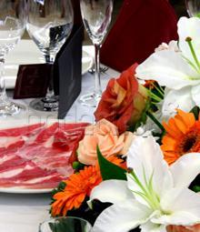 restaurantum.com_-_Restaurante_Olarizu_Vitoria_Gasteiz_-_Plato_de_Jamón.jpg