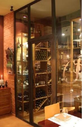 restaurantum.com_-_restaurante_Sangonereta_Valencia_-_bodega.jpg