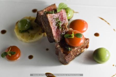 restaurantum.com_-_restaurante_ramiros_valladolid_-_entrecotte_con_patata_y_salsas_esfericadas_de_pimientos_asados.jpg