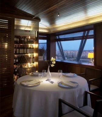 restaurantum.com_-_restaurante_ramiros_valladolid_-_salon_vistas_y_bodega.jpg