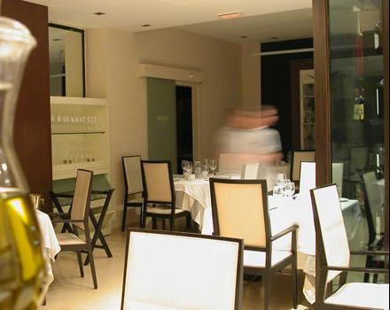 restaurantum.com_-_restaurante_torrijos_Valencia_-_Sala_principal.jpg