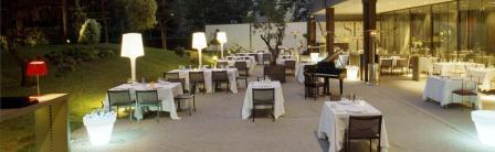 www.restaurantum.com_-_Bokado_-_Terraza_romantica_con_piano_1.JPG