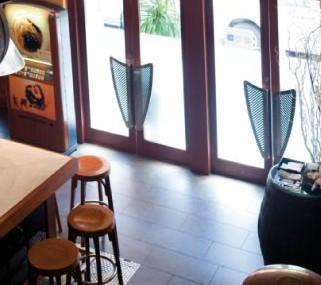 www.restaurantum.com_-_La_Principal_Valencia_-_Bar_y_entrada.jpg