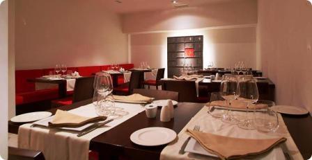 www.restaurantum.com_-_Restaurante_801_-_Comedor.jpg