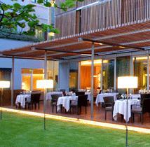 www.restaurantum.com_-_Restaurante_Abac_-_Terraza.JPG
