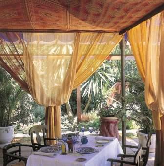www.restaurantum.com_-_Restaurante_Alqueria_-_Terraza.jpg