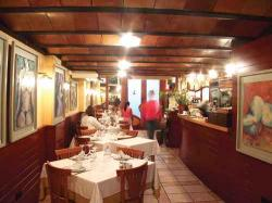 www.restaurantum.com_-_Restaurante_Can_Alfredo_-_Comedor_acogedor.jpg