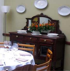 www.restaurantum.com_-_Restaurante_Can_March_-_comedor_aradable.JPG