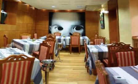 www.restaurantum.com_-_Restaurante_Casa_Antonio_Jaén_-_Comedor.jpg