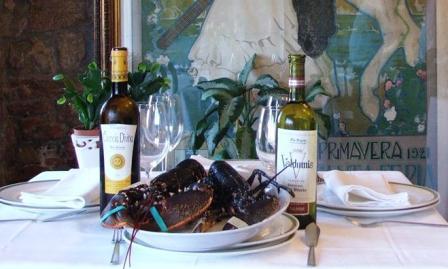 www.restaurantum.com_-_Restaurante_Casa_Bóveda_en_Carril_-_Especialidades_marinas_-_Bogavantes.JPG