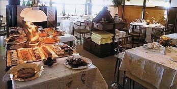 www.restaurantum.com_-_Restaurante_Casa_Gatell_Cambrils_-_Comedor.jpg