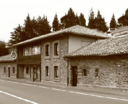 www.restaurantum.com_-_Restaurante_Casa_Geraro_Prendes_Gijon_-_Exterior.jpg