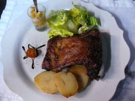 www.restaurantum.com_-_Restaurante_Cassai_-_Cochinillo.JPG