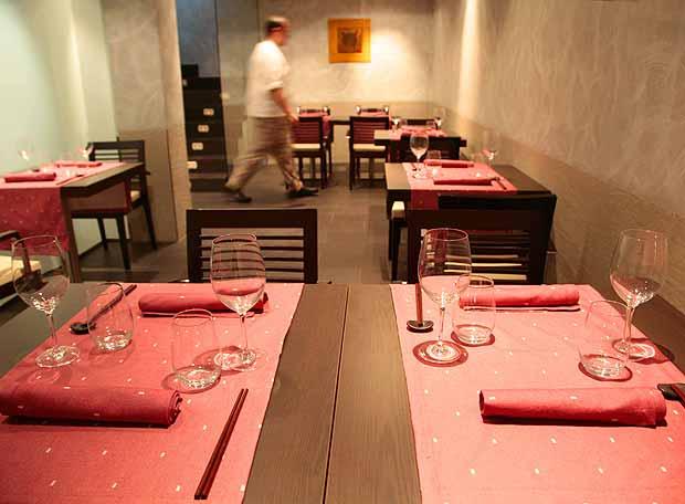 www.restaurantum.com_-_Restaurante_Diverxo_Madrid_-_Comedor_1.jpg