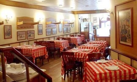 www.restaurantum.com_-_Restaurante_El_Buey_Madrid_-_Comedor_1.JPG