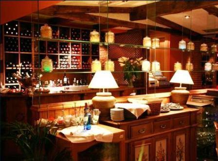 www.restaurantum.com_-_Restaurante_El_Rincón_de_Goya_-_Bodega.jpg