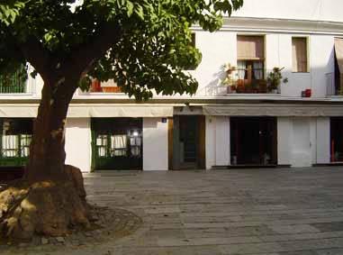 www.restaurantum.com_-_Restaurante_Els_Pescadors_Barcelona_-_Entrada.jpg