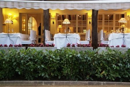 www.restaurantum.com_-_Restaurante_Els_Tinars_-_Exterior_Terraza.jpg