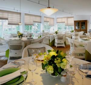www.restaurantum.com_-_Restaurante_Es_Llaüt_-_Comedor.jpg