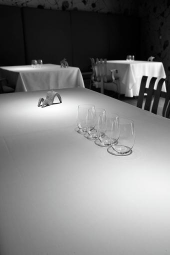 www.restaurantum.com_-_Restaurante_Guggenheim_-_Sala.jpg
