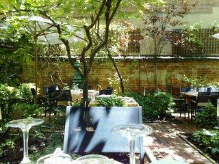 www.restaurantum.com_-_Restaurante_Iroco_-_terraza.jpg