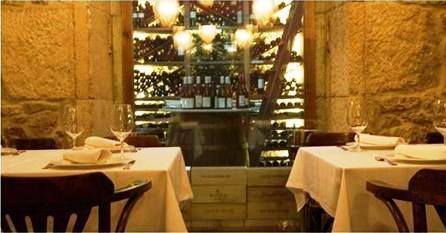www.restaurantum.com_-_Restaurante_La_Bodeguilla_-_Comedor.JPG