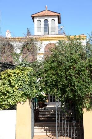 www.restaurantum.com_-_Restaurante_La_Caleta_-_Entrada.JPG
