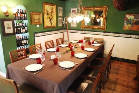 www.restaurantum.com_-_Restaurante_La_Caleta_-_Sala_Privada.JPG