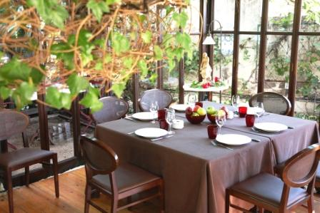 www.restaurantum.com_-_Restaurante_La_Caleta_-_wintergarten.JPG