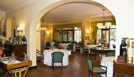 www.restaurantum.com_-_Restaurante_Les_Marines_-_Interior.JPG