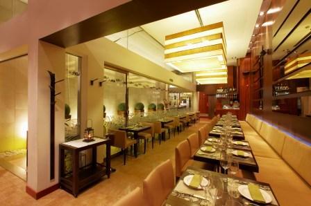 www.restaurantum.com_-_Restaurante_Loft_Café_Granada_-_cocina.jpg