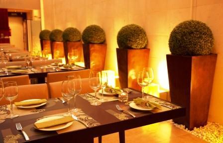 www.restaurantum.com_-_Restaurante_Loft_Café_Granada_-_comensales_andalucia.jpg