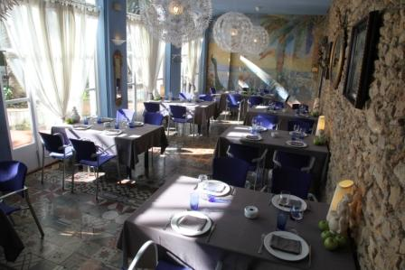 www.restaurantum.com_-_Restaurante_Más_Rosselló_Tarragona_-_Comedor_principal_2.jpg