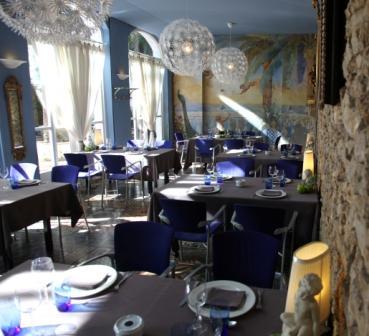 www.restaurantum.com_-_Restaurante_Más_Rosselló_Tarragona_-_Comedor_principal_5.jpg