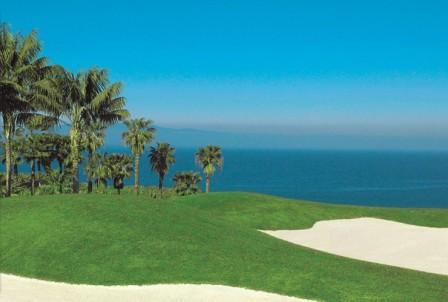 www.restaurantum.com_-_Restaurante_M.B._-_Vistas_al_mar_y_el_Golf.jpg