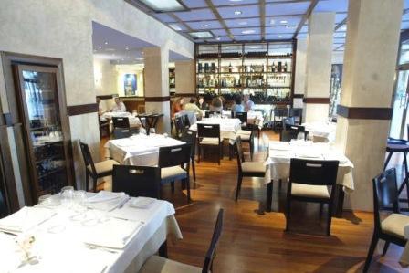 www.restaurantum.com_-_Restaurante_Manducare_-_Comedor.jpg