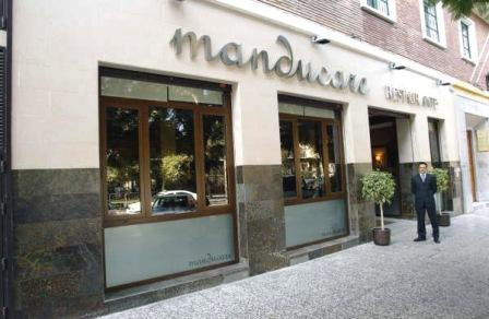 www.restaurantum.com_-_Restaurante_Manducare_-_Entrada.jpg